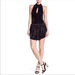 Tart key hole velvet halter backless mini dress S
